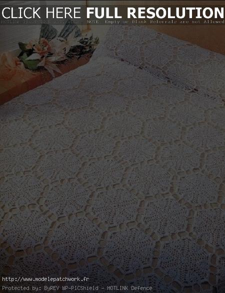 modèle gratuit couvre lit patchwork